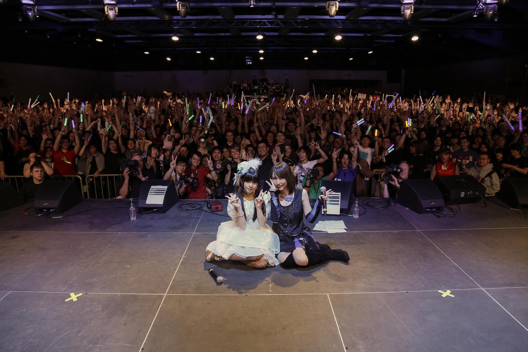 Haruna Luna & Eir Aoi Sakura- Concert 2013 (via Lisani)