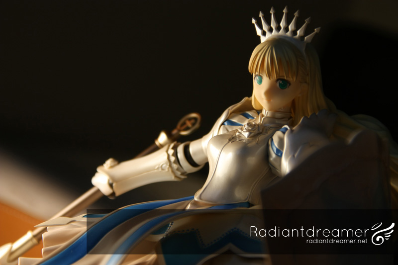 Photoshoot of Clalaclan 1:8 scale figure by Alter