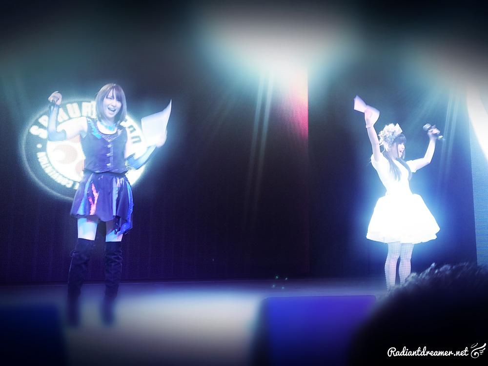 Sakura con 2013 Haruna Luna and Eir Aoi Concert