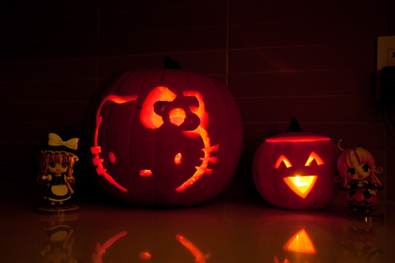 Hello Kitty Pumpkin and Happy Face Pumpkin
